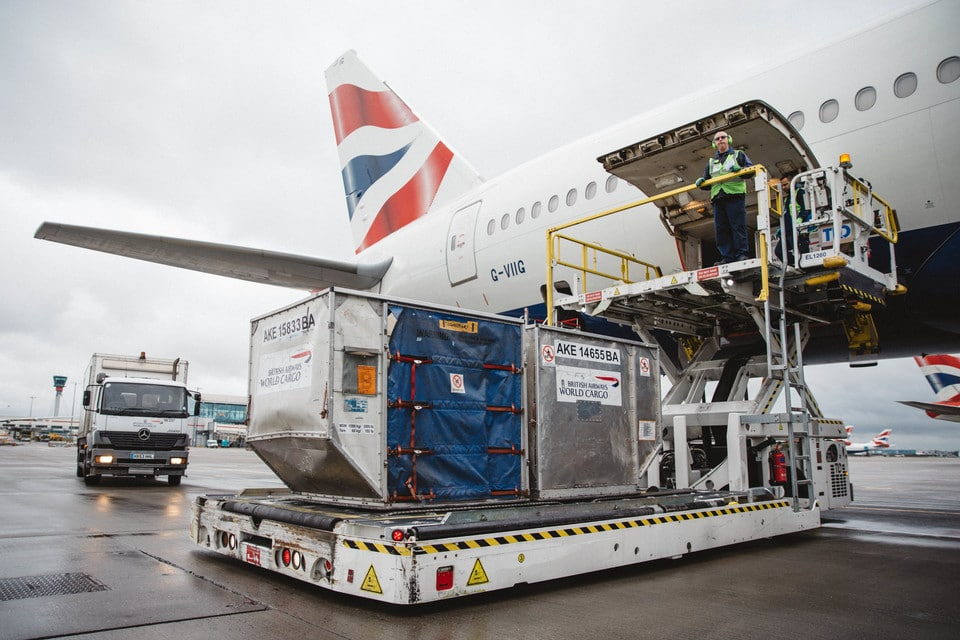 COVID and handler strikes hobble UK airfreight as Brexit deadline looms